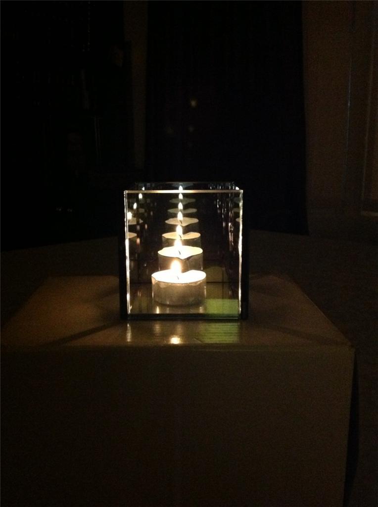Infinity Glass Tealight Candle Holder Reflective Tea Light