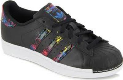 1f7a12f81e50 Adidas Fille Junior Superstar Baskets Noir Multi Neuf s74912 Taille ...