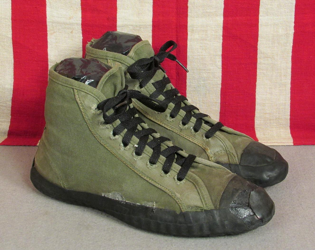 Vintage 1940s Military OD Green Canvas
