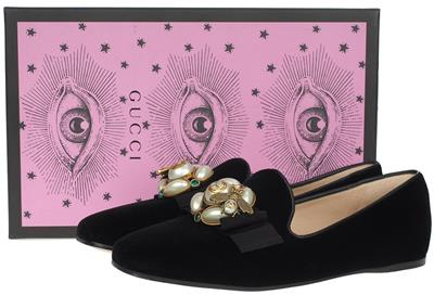 ab3d19f93e1 NEW GUCCI LADIES CURRENT BLACK VELVET PEARLS   BEE BALLET FLAT SHOES  37.5 US 7.5