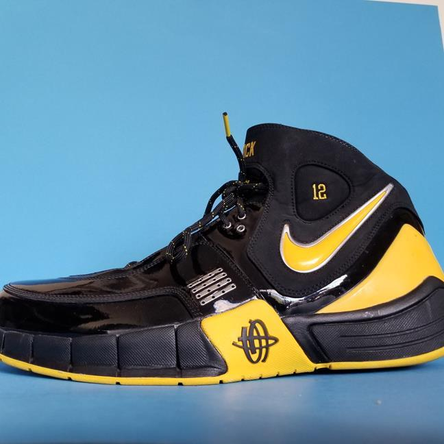 Details about New NIKE Air HUARACHE Elite SNEAKERS Basketball SHOES Black  YELLOW 2007 sz 15 367505210