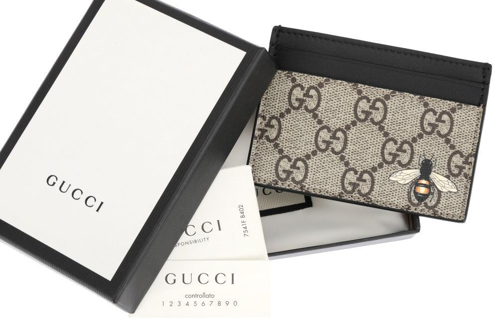 12cb715ad57 Details about NEW GUCCI GG GUCCISSIMA BEE PRINT SUPREME ID CARD HOLDER CASE  W BOX