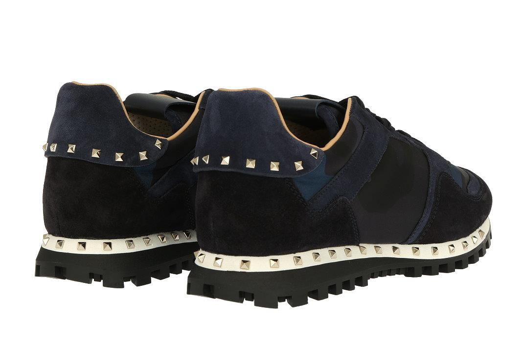 c86894bd5b006 COMFORTABLE RUBBER SOLE WITH VALENTINO GARAVANI MADE IN ITALY STAMPED ON  IT. SIZE STAMPED INSIDE THE SHOES VALENTINO 39, ...