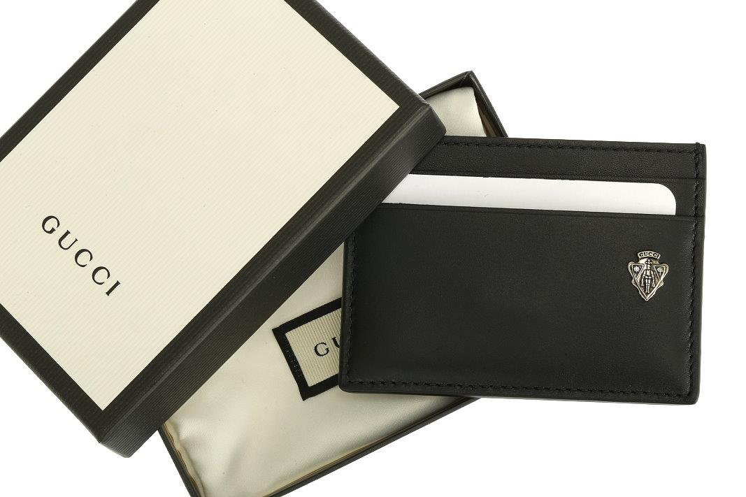 2cbf2c3e5e35 ... GUCCI MEN'S CREDIT CARD HOLDER FROM CURRENT COLLECTION. MADE IN ITALY.  100% AUTHENTICITY GUARANTEED. LUXURY QUALITY BLACK COLOR LEATHER CREST  SILVER ...