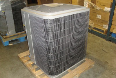 Carrier 38AQ 6 Ton 3 Phase R22 Heat Pump Condenser Unit