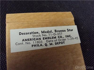 Decoration in Original Issue Box Genuine WWII US Army Bronze Star Medal