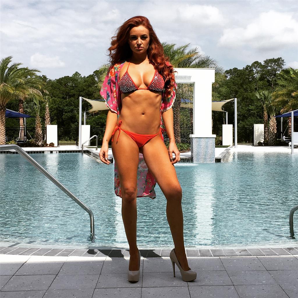 Maria kanellis in bikini