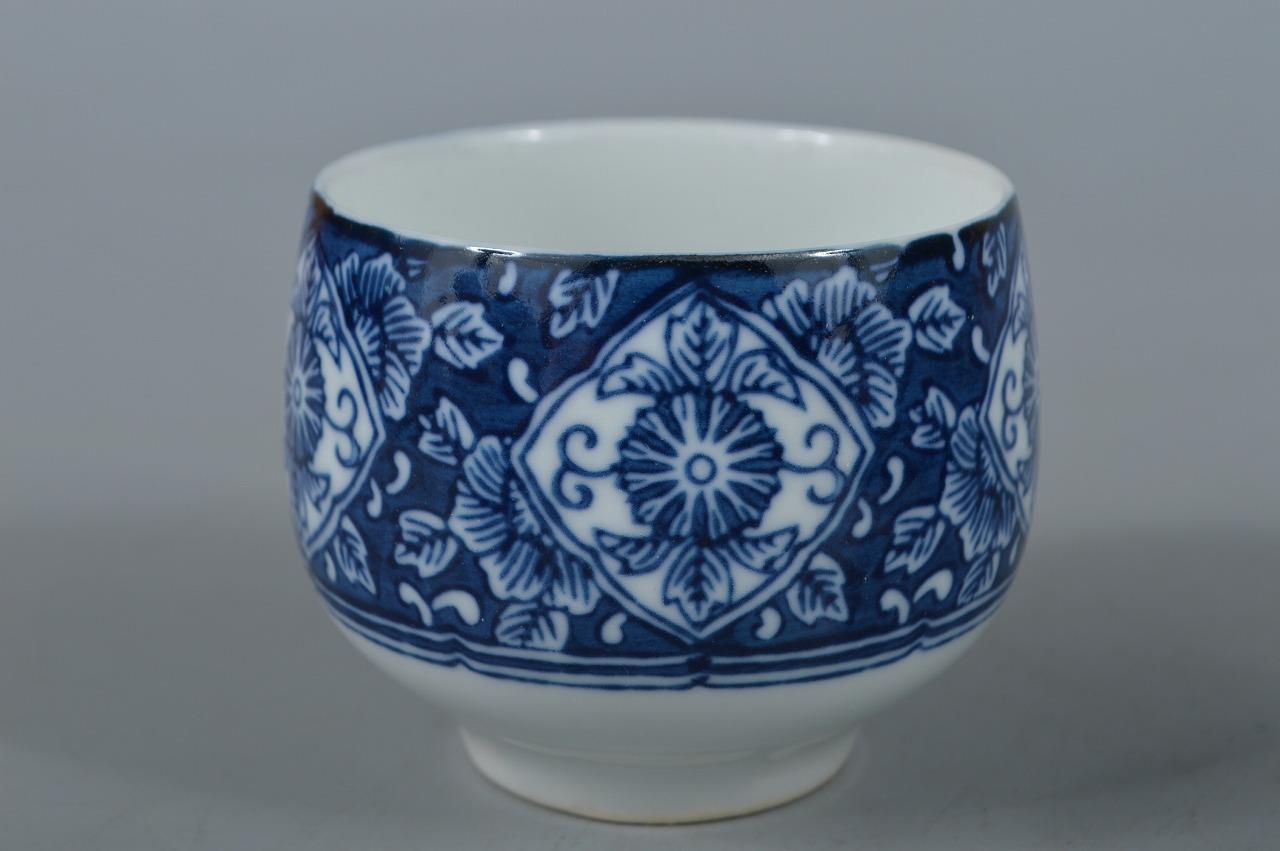 R3527: Japanese Arita-ware Flower Arabesque pattern Sencha TEAPOT & CUPS w/box