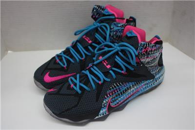 24a1989ed31 ... low price nike lebron xii 12 shoes chromosomes black pink blue lagoon  684593 006 size 11