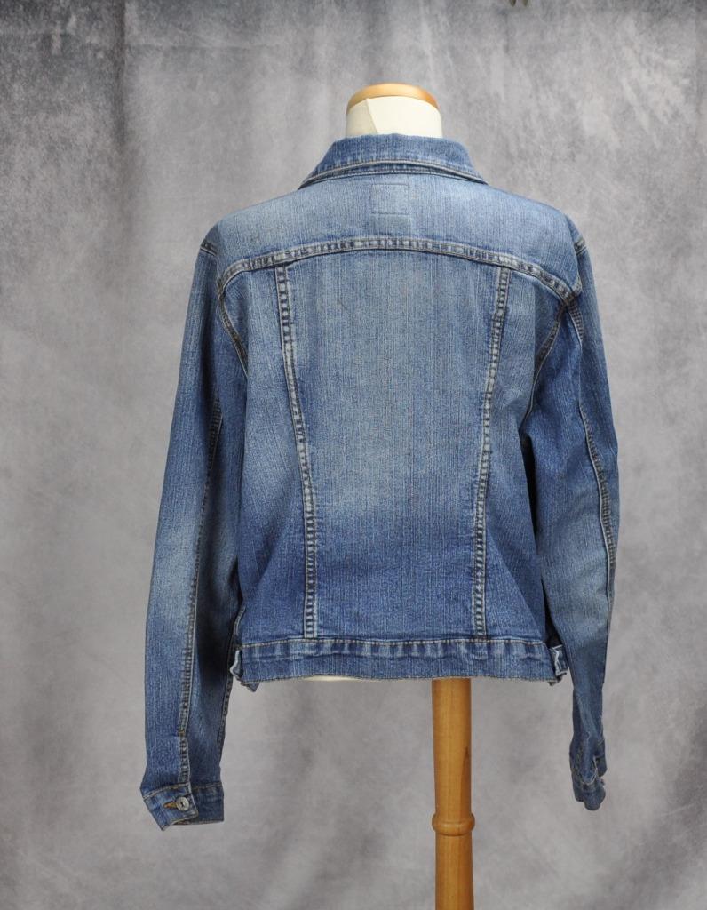 46ac4364cdb Torrid Womens Button Up Pockets Denim Jacket Medium Wash Size 1 Blue ...
