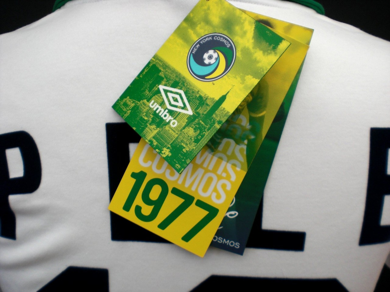e2b9efb08 Description Summary. NEW YORK COSMOS Umbro 1977 Pele Retro Football Shirt  ...