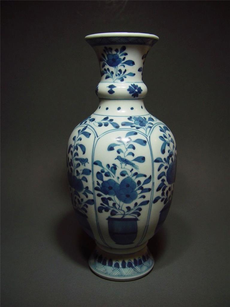 Details About Antique Chinese Blue And White Porcelain Artemisia Leaf Vase Kangxi Period