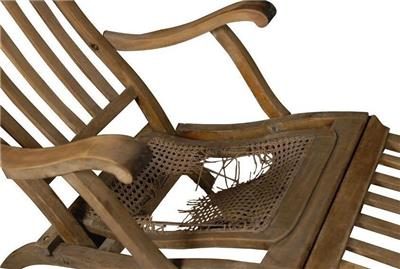 TITANIC DECK CHAIR ARTIFACT & White Star Line RMS Titanic Shipwreck Deck Chair Cane Artifact ...