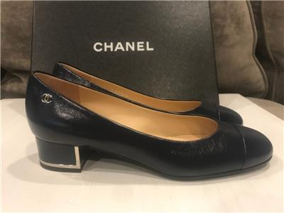 9c5ddac1318 CHANEL 17B Calfskin Leather Cap Toe Block Heel Pumps Shoes Navy Blue  775