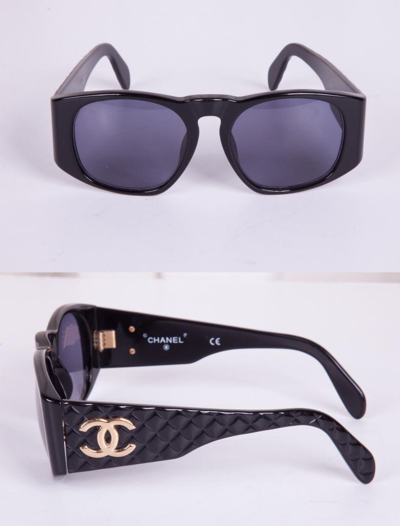 CHANEL Womens 01450 94305 Black Quilted VINTAGE Rectangular CC Logo ...