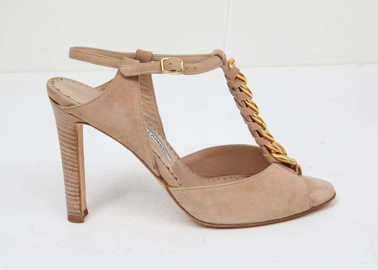2c4850fd1be MANOLO BLAHNIK Womens Nude Beige Suede Gold Chain Peep Toe Pump Heel  7.5-37.5 2 2 of 7 ...