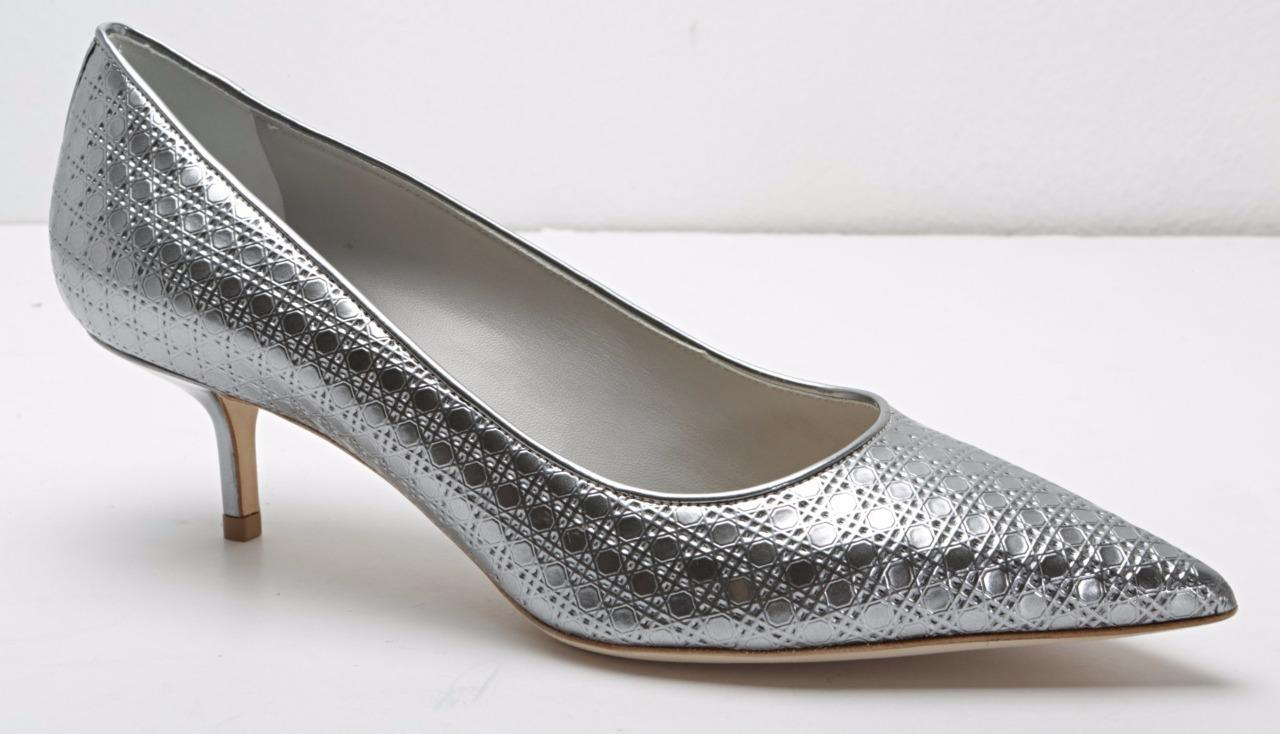 c442d446060 Details about christian dior womens silver textured pointed toe kitten heel  pumps new jpg 1280x734 Dior