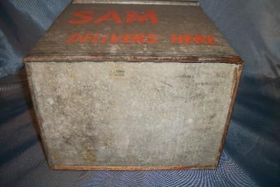 vintage galvanized insulated milk box sterling sam delivers here n y cooler. Black Bedroom Furniture Sets. Home Design Ideas