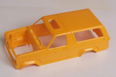 FORD Bronco 4x4 SUV Truck Off Road 125 Revell Vintage Model Kit