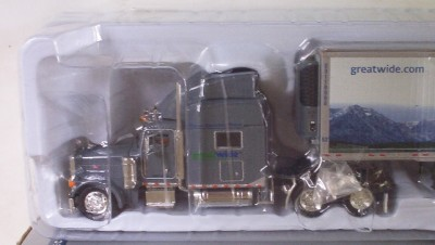 Tonkin Great Wide Peterbilt Semi Truck N 53' Trailer