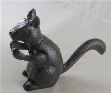 Cast iron squirrel nut cracker table accent piece nutcracker nuts decor gift ebay - Cast iron squirrel door stop ...