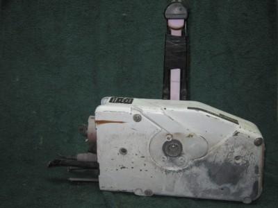 evinrude johnson omc outboard motor remote control box w. Black Bedroom Furniture Sets. Home Design Ideas