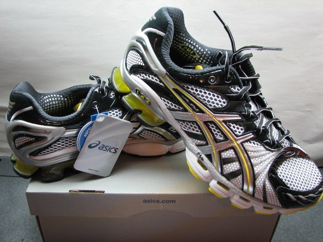 Asics Gel Kinsei 3 Mens Running Shoe Best Stability  Cushion Retail ... 06c346f814