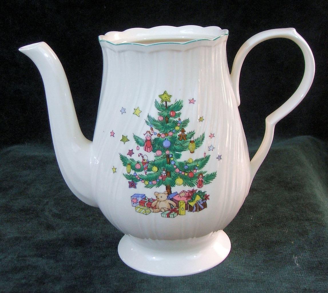 NIKKO - HAPPY HOLIDAYS - CHRISTMAS TREE - COFFEE POT - No Lid | eBay