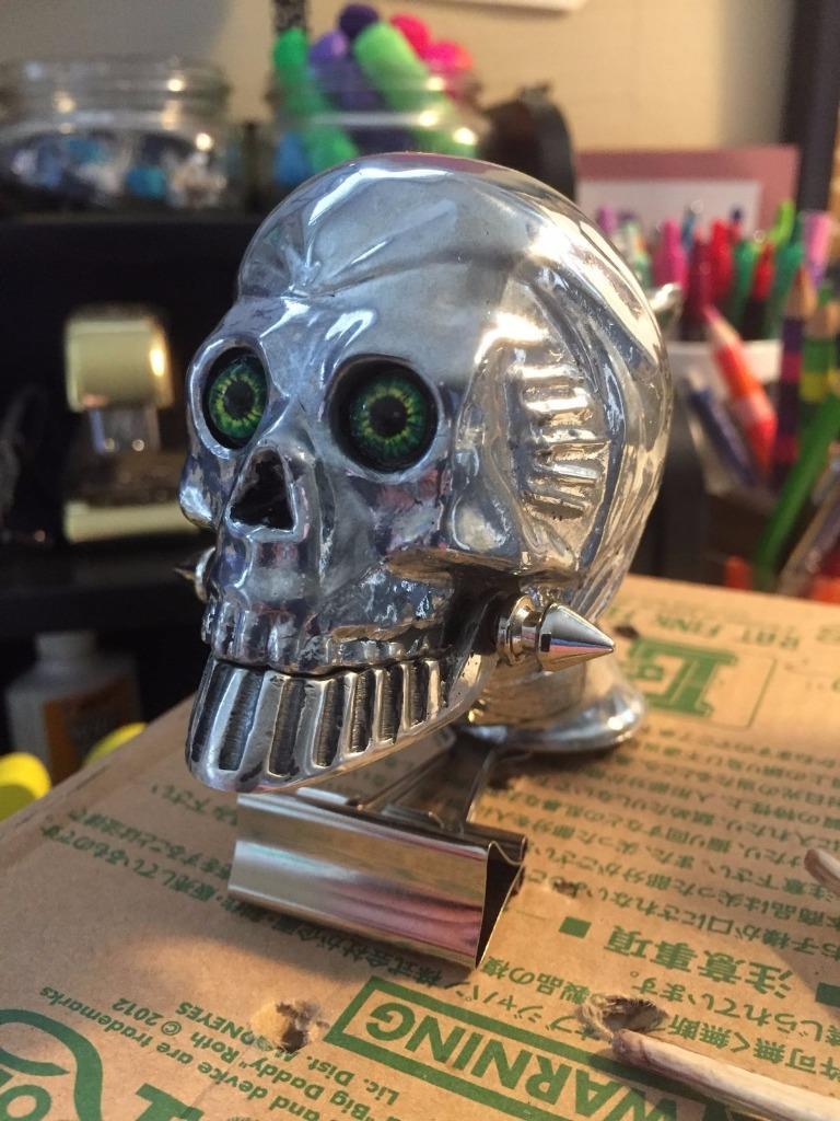 Cool racer Maltese hot rod Ratrod biker shift knob skull head nr 4 speed zombie