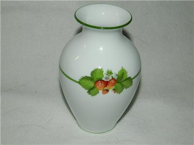 Herend Hand Painted Strawberry Vase New 5 34 Free Ship Ebay