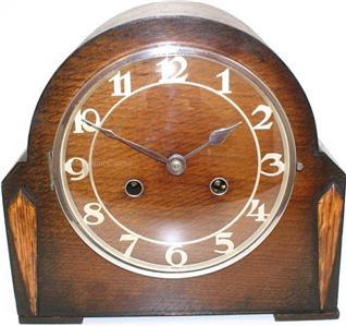 Torsion pendulum clock
