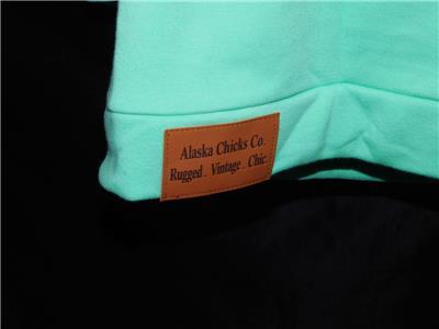 de11d4ee Alaska Chicks S Mint Green Long Hoodie Sweatshirt Side Zip Button Collar  Pockets