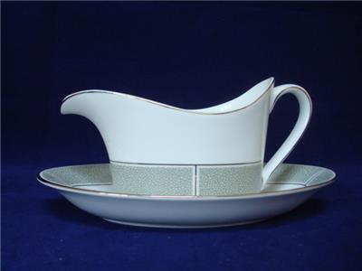 Wedgwood Jade 79599Y Sauce Boat Stand