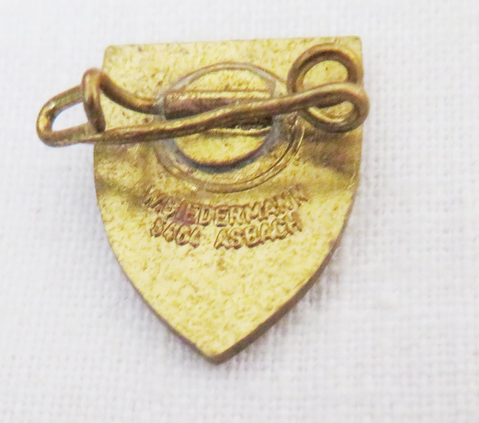 vintage duisburg germany souvenir pin ebay. Black Bedroom Furniture Sets. Home Design Ideas
