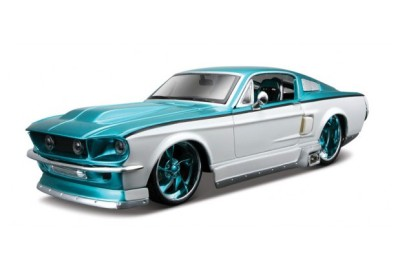 Maisto Custom Shop 1967 Ford Mustang GT Diecast Car 1 24 G Scale T W