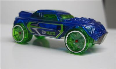 2006 acceleracers accelecharged racing drone rd 08 w bonus for 2 box auto con stanza bonus
