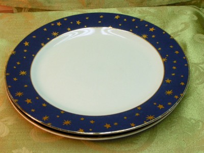 Galaxy Blue Sakura China Lot 2 Dinner Plates 14k Trim Gold
