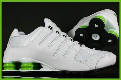 8759bc87a4b830 NIKE SHOX NZ WHITE   BLK   GREEN RUNNING SHOE NEW SIZE on PopScreen