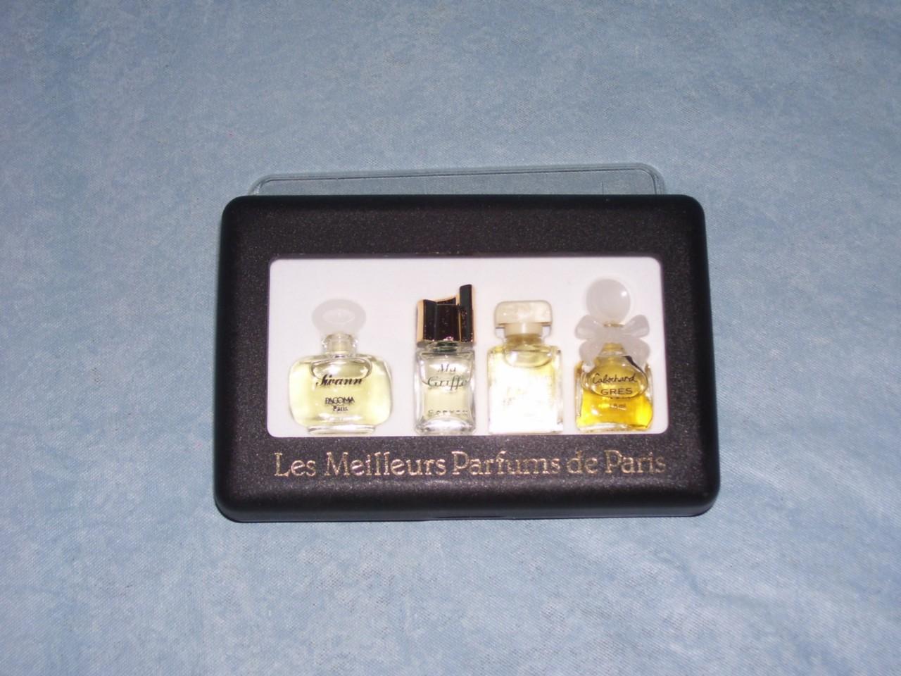 les meilleurs parfums de paris 4 miniature bottles ebay. Black Bedroom Furniture Sets. Home Design Ideas