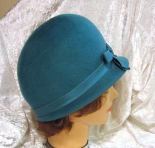 Vintage Glenover Henry Pollak Wool Felt Cloche Teal Hat  ac57a5286f6