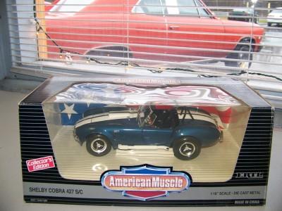 Ford Shelby Cobra 427 S/C American Muscle Ertl 118 NIB Great