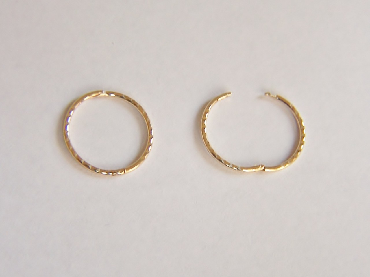 9ct Gold 15mm Diamond Cut Hinged Hoop Sleeper Earrings