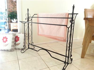 French Style Quilt Blanket Stand Bathroom Towel Rail Rack Scarf Cool Free Standing Quilt Display Rack