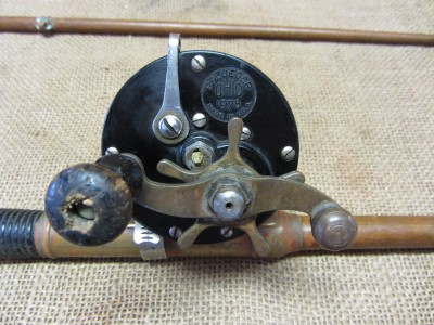 Details About Rare Vintage 2 Piece Wooden Fishing Pole Reel Old Antique Fish Hunt 6900