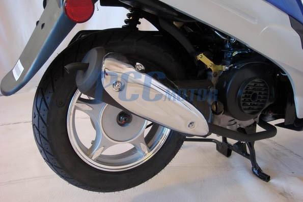 10 rim gy6 scooter moped 49 50cc taotao peace rear wheel. Black Bedroom Furniture Sets. Home Design Ideas