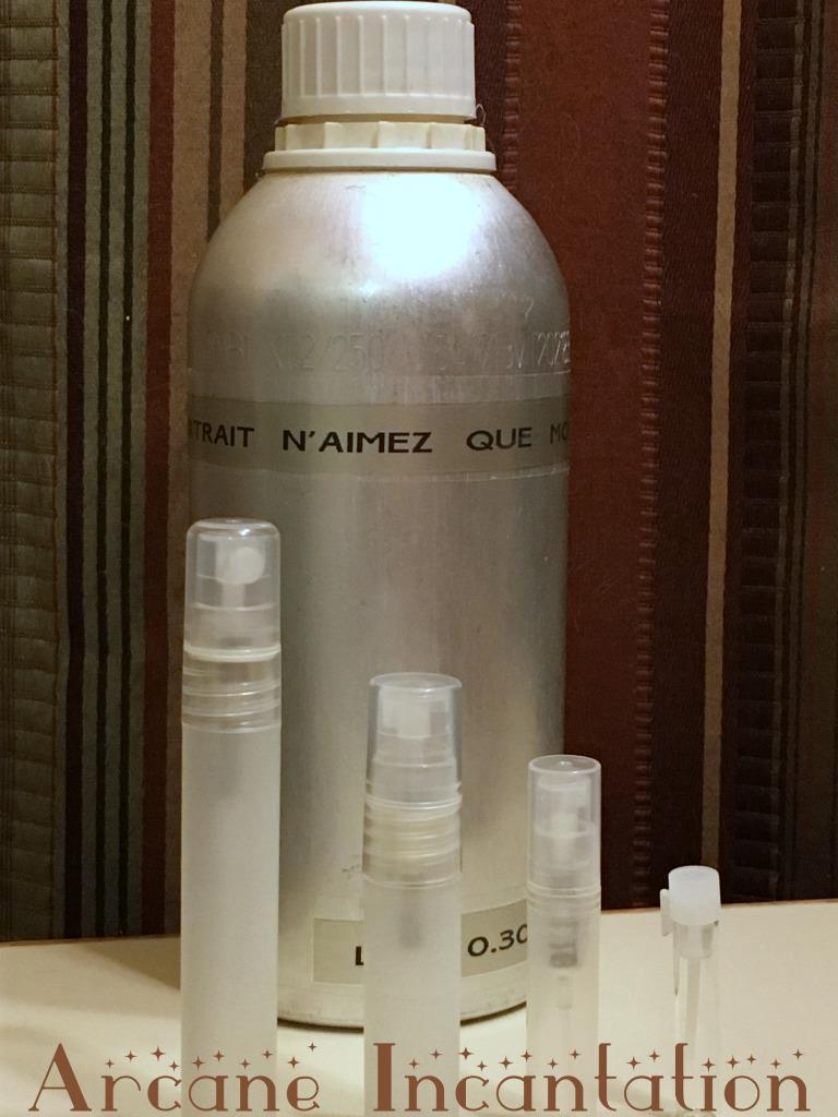 Image 0 of Vintage Caron N'aimez Que Moi Pure Parfum Extrait Samples