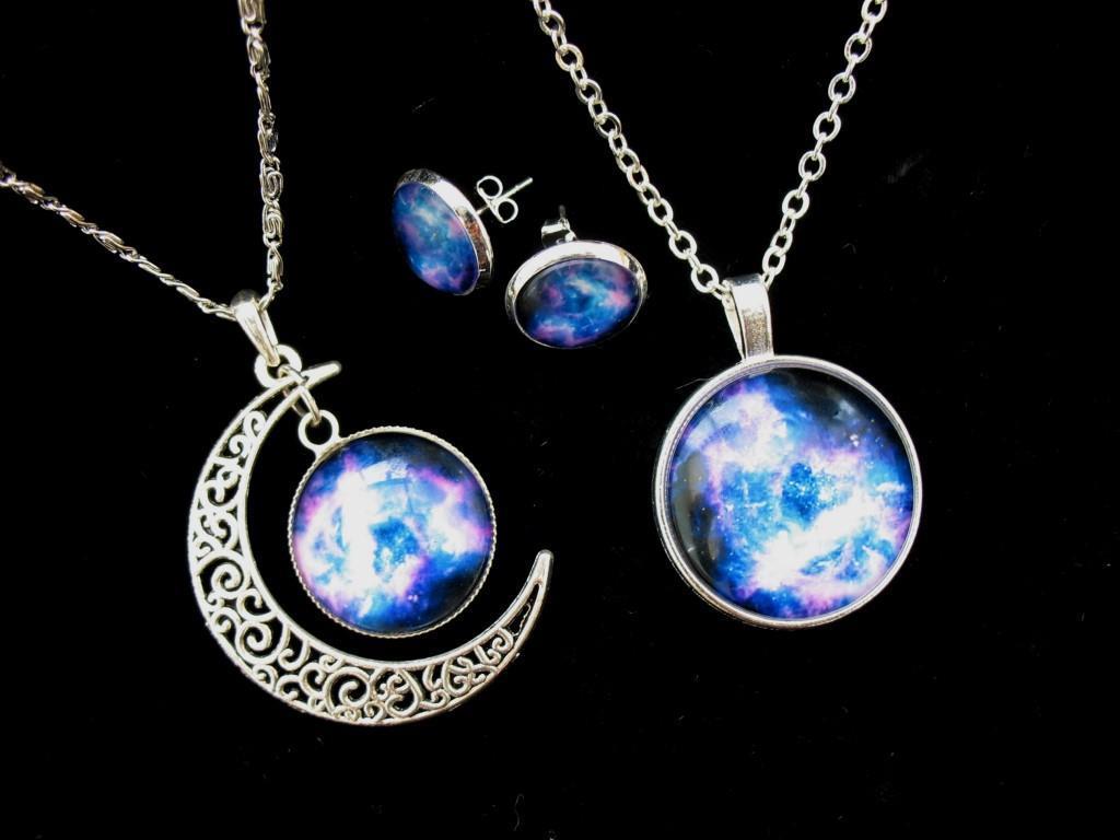 nebula moon necklace - photo #5