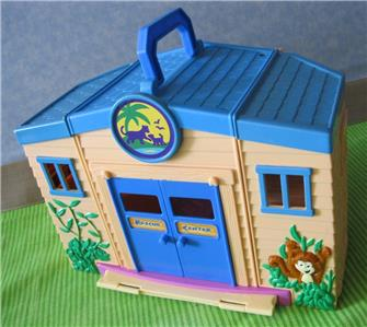 Dora the Explorer DIEGO LET S GO ANIMAL RESCUE CENTER NICK JR. TRUCK ... 8f1bf93f3099