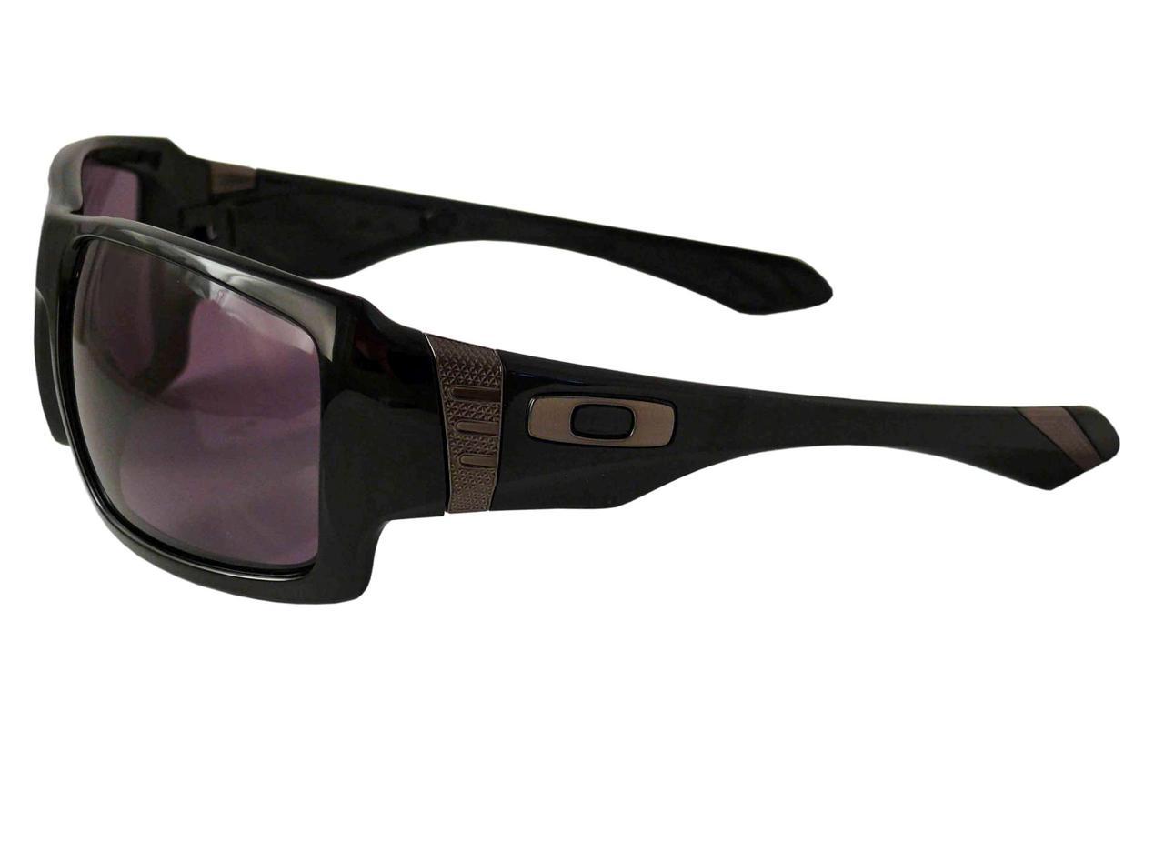 Oakley Sunglasses Big Taco Polished Black Frame Warm Grey