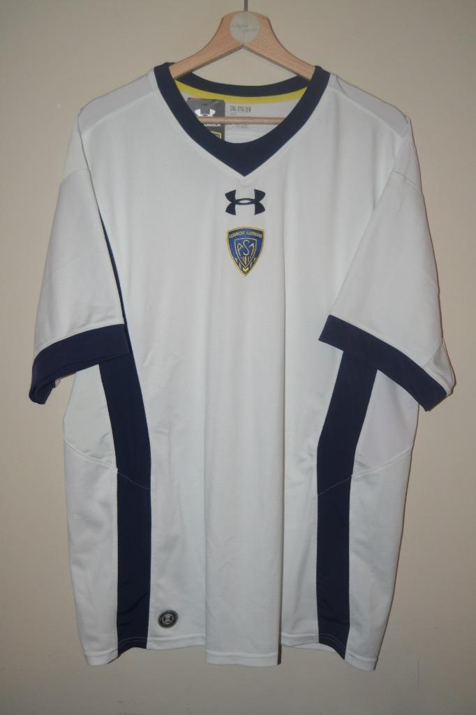 93339f0d180 This is a mens Clermont Auvergne short sleeve away shirt. UK size: 2XL  Condition: Brand new with tags. Light mark on shoulder. Armpit to armpit:  24